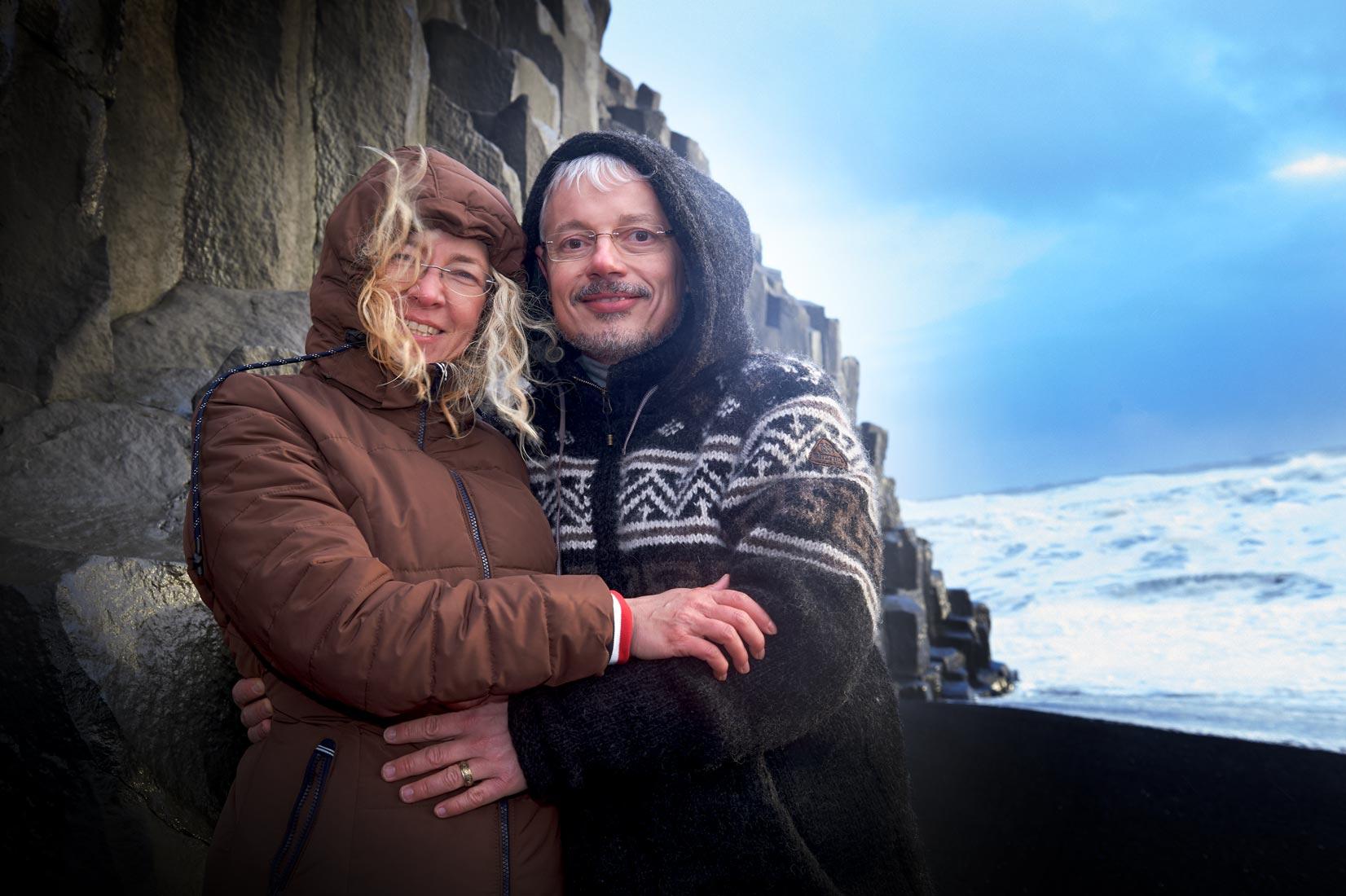 Hochzeitsfotografie am Strand auf Island