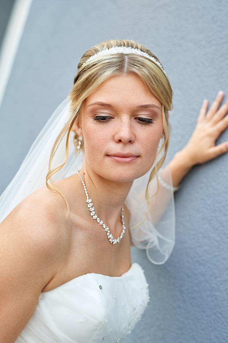 Hochzeitsfotos – Braut in Staudt