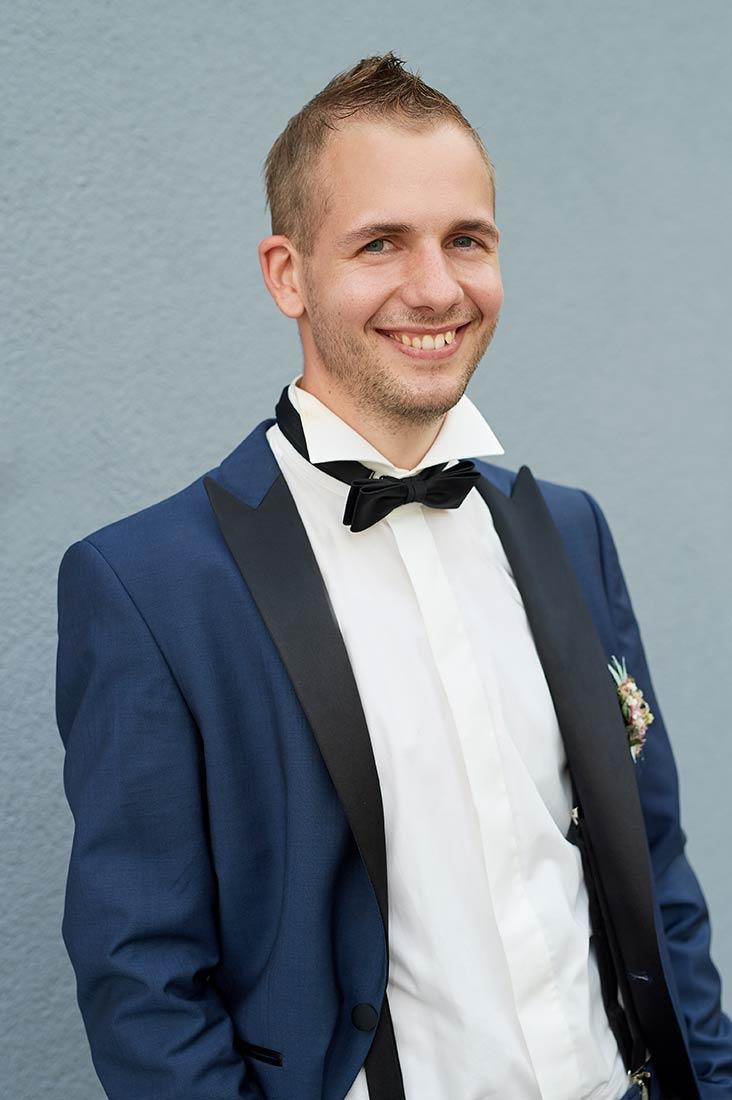 Hochzeitsfotos – Bräutigam in Staudt