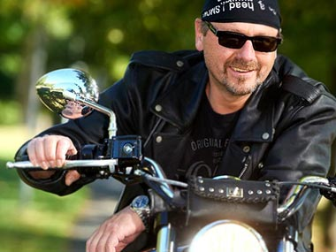 Portraitfoto - Biker auf Harley